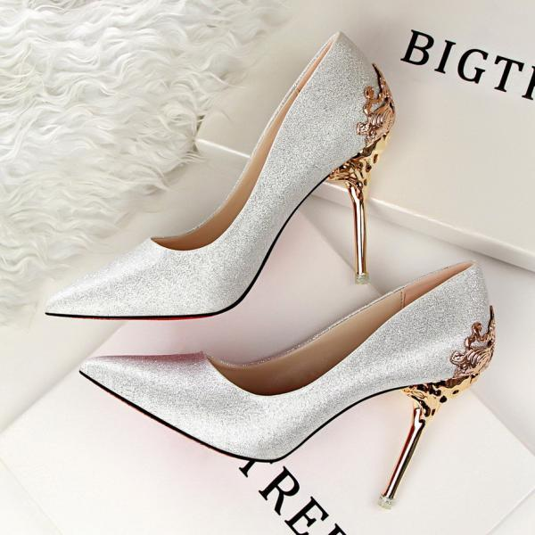 9 colors 100% high quality 2016 New Korean style women fashion sexy carved pointed toe suede high-heeled wedding shoes woman Flock leather metal heel desigual nude platform pumps girls valentines party evening night-club high heel shoes tacones de mujer 1723-1